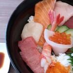 氏家商店 - 海鮮丼