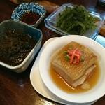 沖縄料理 琉球 - ラフティ、スヌイ、海ぶどう
