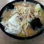 福家そばや - 福ちゃん味噌ラーメン880円