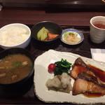 にんぎょう町 谷崎 - ぶりの照り焼き定食¥1000