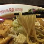 59853246 - 麺は硬めのストレート麺。