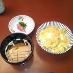 Ningyouchouimahan - フワトロ卵かけご飯 赤だし 香の物
