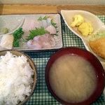 食事処さとう - 刺身定食600円