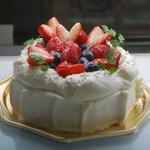 自家製タルト アトリエ・ド・マー - ショートケーキはご予約でお作りします。