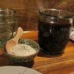 串カツ屋 55 - 2度漬け禁止のソースとタルタルソース