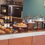 ネイバーフッド アンド コーヒー - 焼き菓子コーナー