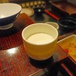 ぽろ ホームメイドキッチン - デザートはミルクプリン