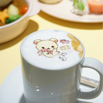 HARAJUKU BOX CAFE&SPACE - ふんわりホットカフェラテ¥780
