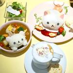 HARAJUKU BOX CAFE&SPACE - コリラックマグラタンカレー¥1380 ふんわりフォンダンショコラ¥1380 ふんわりホットカフェラテ¥780