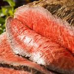 夜CAFE - 料理写真:味彩牛のプレミアムローストビーフ