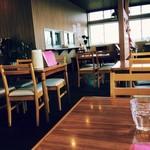 やせなわ食堂 - 店内はきれいに改装されていました