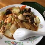中国四川料理 太陽 - 五目中華丼(885円) アップ