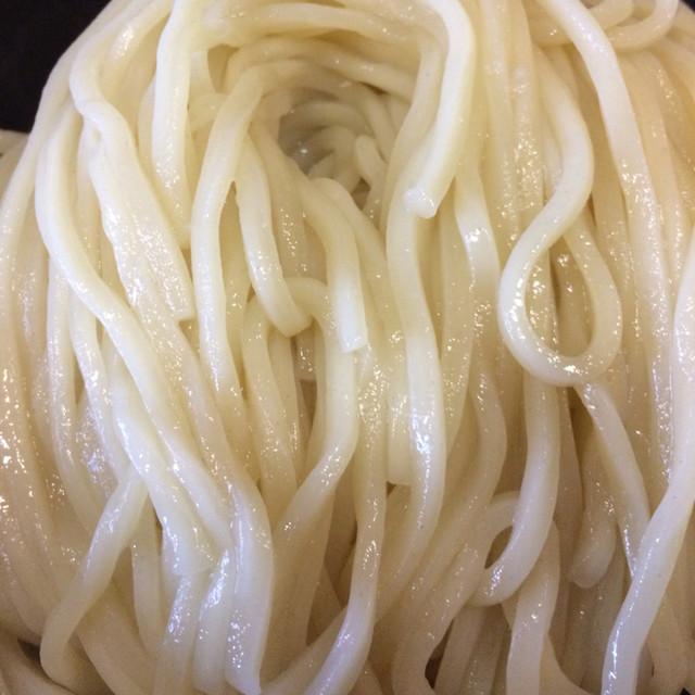 浦和 大勝軒 - 特製もりそばの中太麺。 うまし。