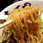 壱丁目ラーメン - もちもちの麺