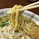 とくだラーメン - 麺リフト