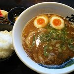 壱丁目ラーメン - 魚介豚骨味玉付き:780円+ご飯(中)100円