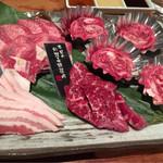 ヌルボンガーデン - 料理写真:最初の肉盛り合わせ