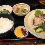 5990255 - 鰹塩たたき定食1400円