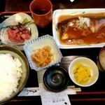 魚や 旬 - さば味噌煮定食