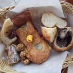 ハートブレッド アンティーク - 最初に取ったパン達