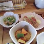 花菜ごよみ。 - 肉団子、カニカマ、カルパッチョ