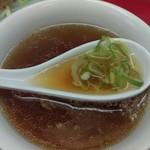新珍味 - チャーハンに付いてくるスープです。