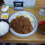 おくだ - ジャンボロースカツ定食(1,230円)