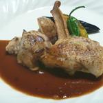 59910716 - 仙台地鶏のコンフィ 赤ワインソース