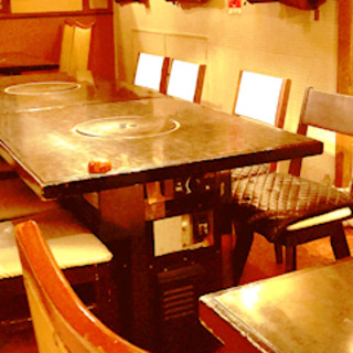 少人数用の宴会個室(半個室)