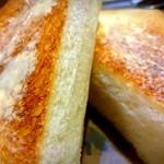 59914554 - ビーフシチューのパン