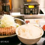 牛かつ もと村 - 牛かつ定食(1400円)