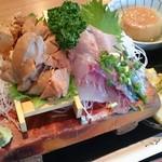 とりいづか - あん肝刺身定食1100円