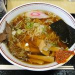 談合坂サービスエリア(下り線)麺コーナー - 牛タンラーメン