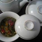 田燕居 - 八宝茶は疲れた体を癒します