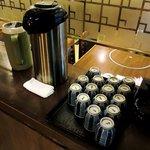 しゃぶ玄 - しゃぶ玄 @西葛西 店内 お茶セルフサービスコーナー