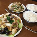 59922913 - 青椒肉絲定食と上海定食