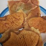 鯛笑 - 料理写真:少し雑な仕上がりな鯛焼きクン達