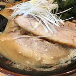 北海道らぁ麺 ひむろ - チャーシュー2枚
