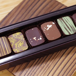 ショコラティエ パレ ド オール - 料理写真:宮城の酒蔵 利き酒ショコラ