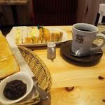 59929871 - サンドイッチ+たっぷりブレンド(トースト+小倉モーニング)
