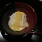 Ginzaichigo - 胡麻豆腐とごまみそかけ。絶品でした。