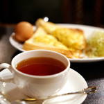 Y・C - 忙しい朝も紅茶で優雅に。