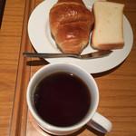 59933855 - パン&コーヒー