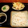 Shousekian - 料理写真:もりうどん(天付き)