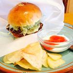 マタネ食堂 - 醤油カツバーガー  780円