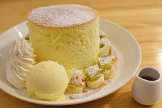 Cafe202 - 極厚パンケーキデラックス1