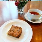 マーガレットハウエルショップアンドカフェ - ミニデザート&紅茶♡