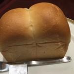 グリル丸の内亭 - パン