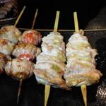 炭火焼鳥串道 - トマト巻とかしわ