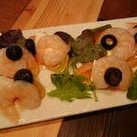 Shrimp Dining EBIZO kashiwa - 海老とトマトとモッツァレラチーズのカプレーゼ。